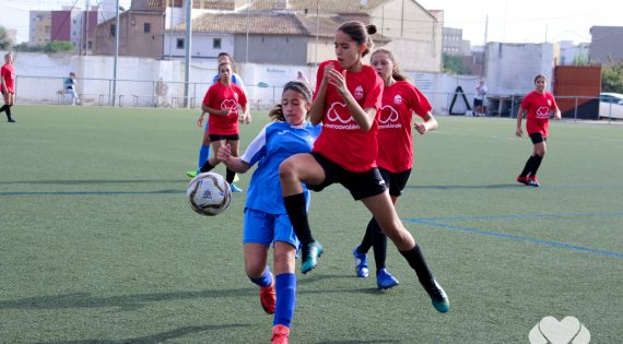 Naix el Trofeu Mercavalència de futbol femení infantil i cadet